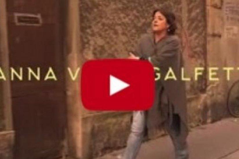 Giovanna Valls, viatge d'una addicta